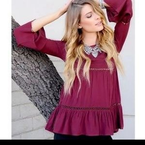 Haute Society Boho Bell Sleeve Tiered Top Size LG